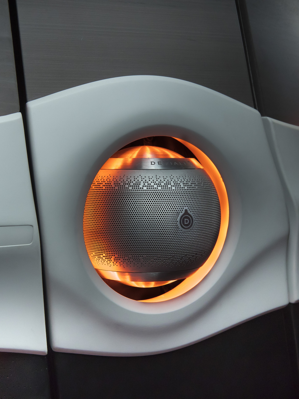 Devialet - Symbioz demo car